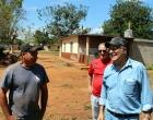 El Coordinador General, Lic. Pedro González Delgado visita a beneficiados por el Programa Emergencias Comunitarias