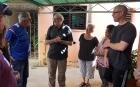 El Coordinador General del CCRD-C, Pedro González (izquierda), agradeció la desinteresada colaboración