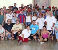 Grupo asistente al Campamento de verano para adolescentes y jóvenes