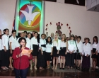 Rita M. García Morris, directora del CCRD-C, lee un pasaje bíblico