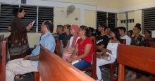 Impartiendo a los jóvenes temáticas sobre el Nuevo Testamento