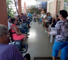 Mabel Miranda Blanco, especialista del CCRD-C imparte el tema Merchandising