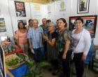 Tomás Tápanes Bello, Director de PALCO (al centro) comparte con el equipo de trabajo del CCRD-C