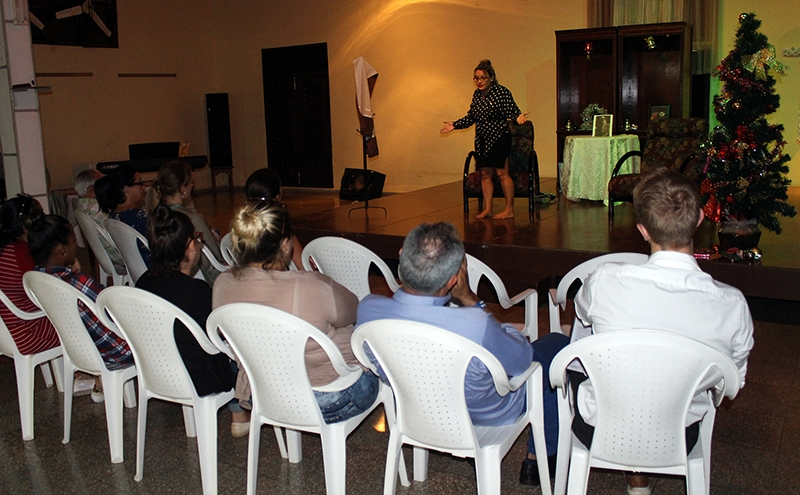 A Ingrid Mollestad, embajadora de Noruega en Cuba le pareció una representación que capta los ricos y variados matices de la poética de Ibsen