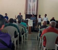 Durante la asamblea (Salón central del CCRD-C)