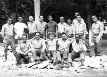 Pastores y laicos reunidos (al centro, el Rev. Raimundo García Franco)