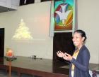 Valia Solís, coordinadora del Programa de Atención Psicopastoral durante el momento de acción de gracias
