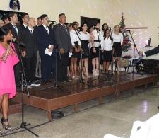 Irina Madrazo (flautista) y el coro de II Iglesia Bautista de Cárdenas