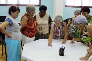 Club de los 120 años, de Cárdenas, ejercicio grupal