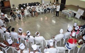 Taller Gastronómico de Verano. De pie, Alfredo Rojas Donatién,. facilitador de la Pastoral para la Reflexión y el Diálogo