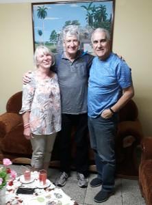 Ruth Galinis y Brian Read junto a Pedro Gonzélez, Coordinador General del CCRD-C