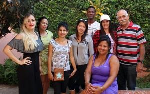 Grupo de psicoterapia junto a los especialistas
