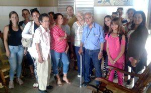 En el hogar de ancianos de Matanzas, la emprendedora Amarilis ofrece sus servicios